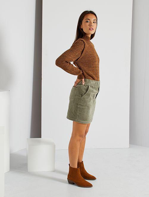 Falda de pana                                         caqui castaño