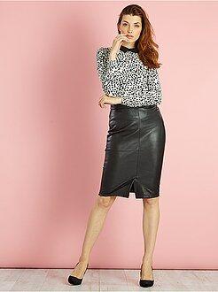 Faldas - Falda de tubo de piel sintética