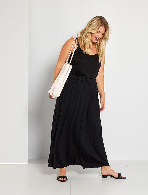 Falda larga con abertura                                         negro