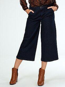 Pantalones cortos, short - Falda pantalón vaquera de talle muy alto