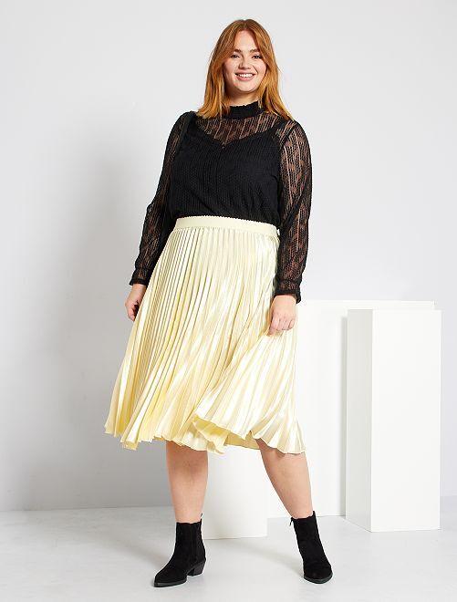 Falda plisada y nacarada                             beige oscuro