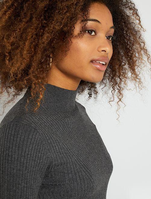 Jersey de punto de canalé con cuello alto                                                                 GRIS