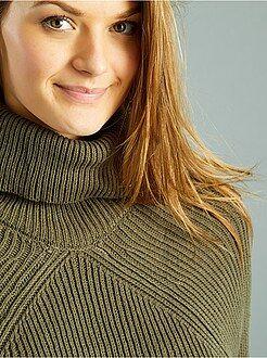 Mujer Jersey grueso de cuello vuelto
