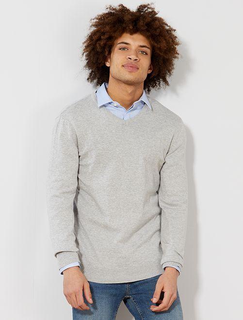 Jersey ligero con cuello de pico                                                                                 gris