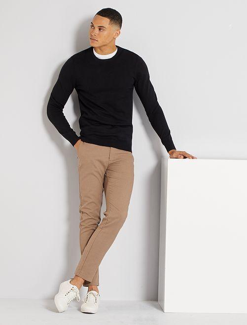 Jersey ligero con cuello redondo                                                                                                                 negro