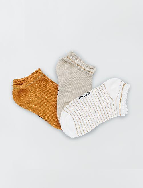 Juego de 3 pares de calcetines tobilleros                                                                                                                 MARRON