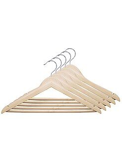 Juego de 5 perchas de madera natural