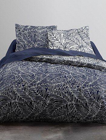62b389e4a74 Juego de cama doble con estampado de  hojas  - Kiabi