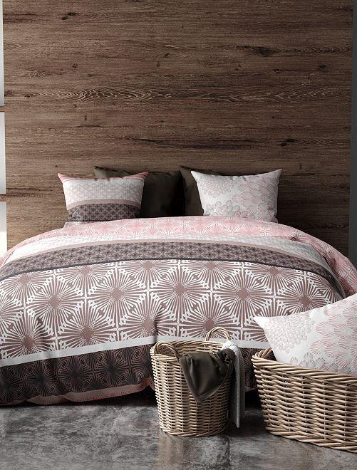 Juego de cama doble estampado                             rosa