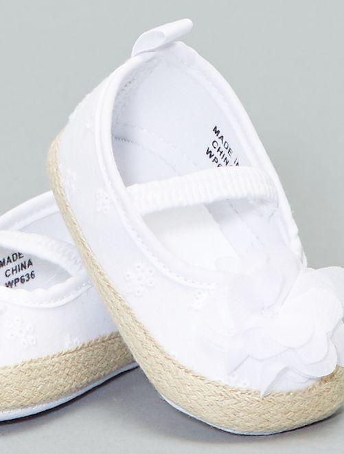 68bb81eddb6e0 Manoletinas con bordado inglés Bebé niña - blanco - Kiabi - 5