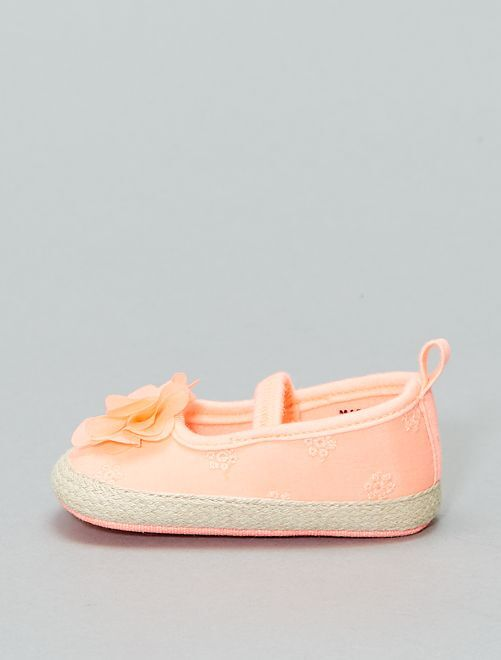 Manoletinas con bordado inglés                                         ROSA Bebé niña