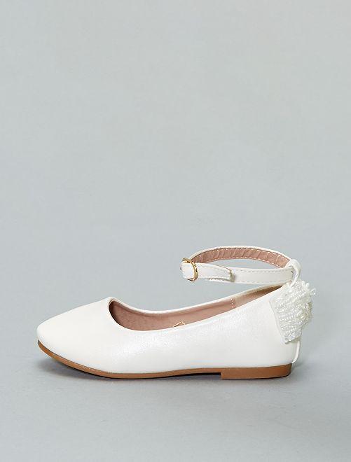Manoletinas de polipiel con hebilla                             blanco Zapatos