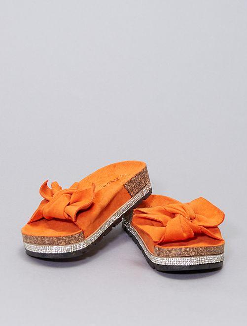 Mules de antelina                     naranja