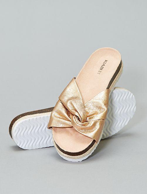 Mules metalizadas con lazo                             BEIGE Zapatos