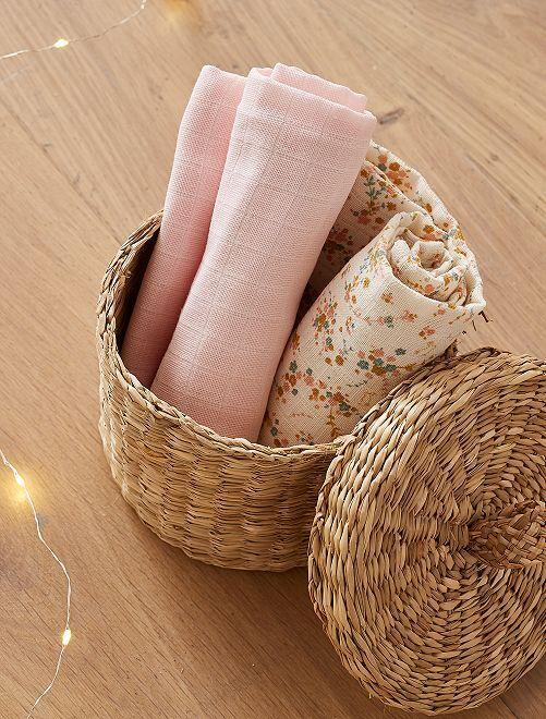 Pack de 2 muselinas para bebé                             estampado flores