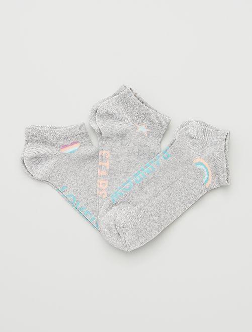 Pack de 3 pares de calcetines                             gris