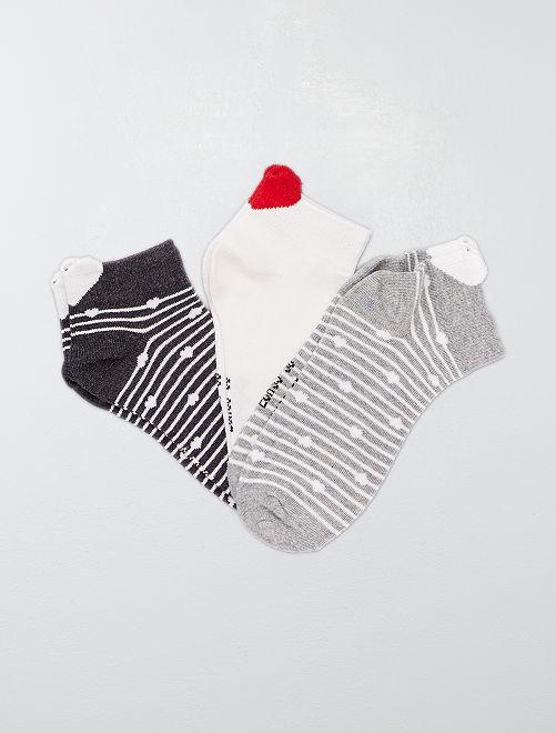Pack de 3 pares de calcetines tobilleros 'rayas y corazón'                                         GRIS