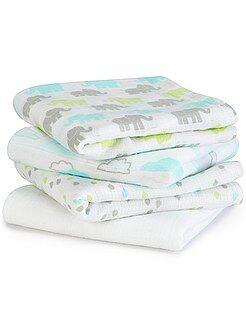 Pack de 4 mantas para bebé con estampado de fantasía - Kiabi