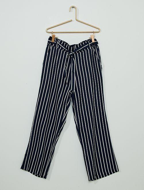 Pantalón ancho                             azul marino a rayas