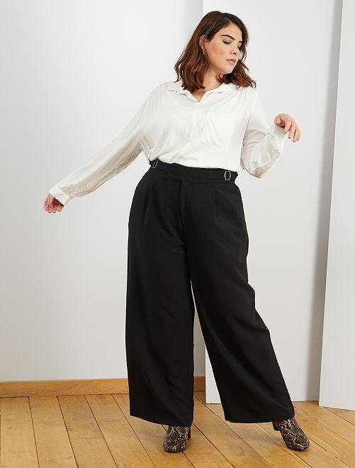 Pantalón ancho con cinturón                                         negro