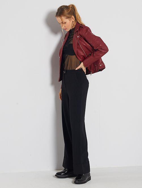 Pantalón ancho con vuelta                                         negro