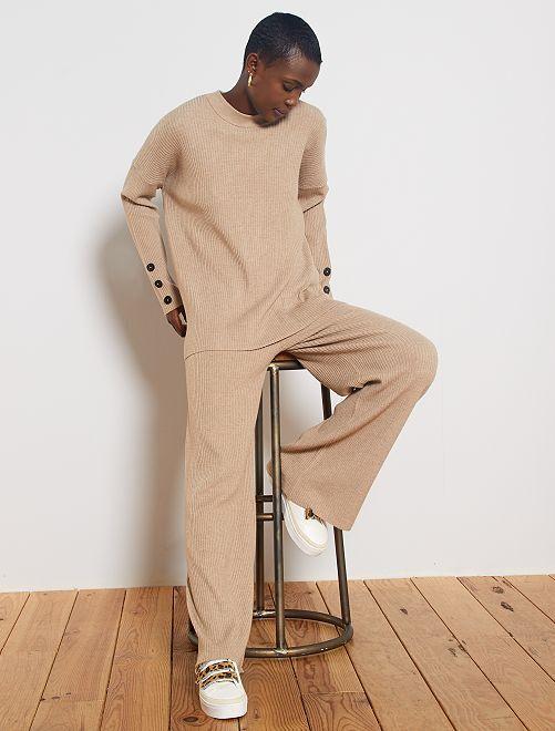 Pantalón ancho de canalé                             BEIGE