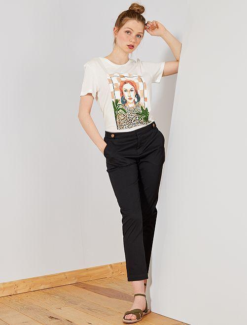 1721cdabc8c Pantalón chino con botones Mujer talla 34 a 48 - negro - Kiabi - 15