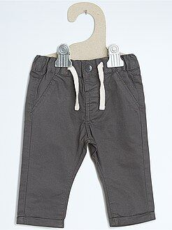Pantalones - Pantalón chino de corte recto
