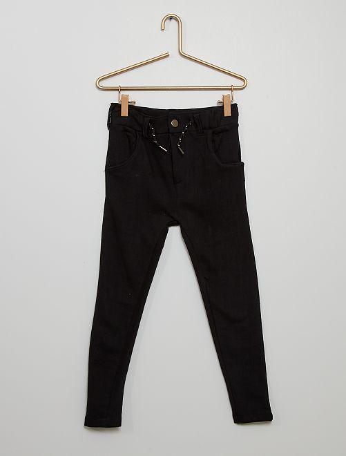 Pantalón chino de felpa                                                     negro