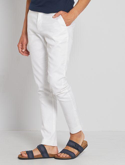 Pantalón chino de lino y algodón                                         blanco