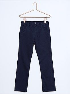 Pantalones - Pantalón chino de sarga