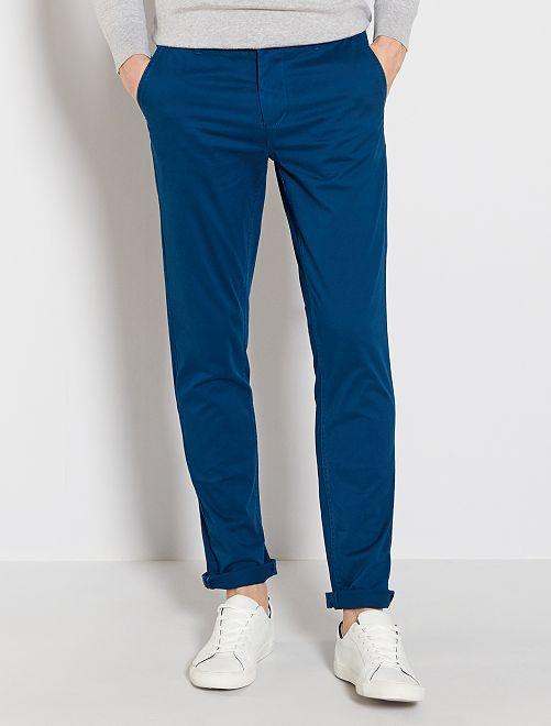 Pantalón chino de sarga de algodón elástica                                                                                                                                                                                                                                                                             azul poseidon