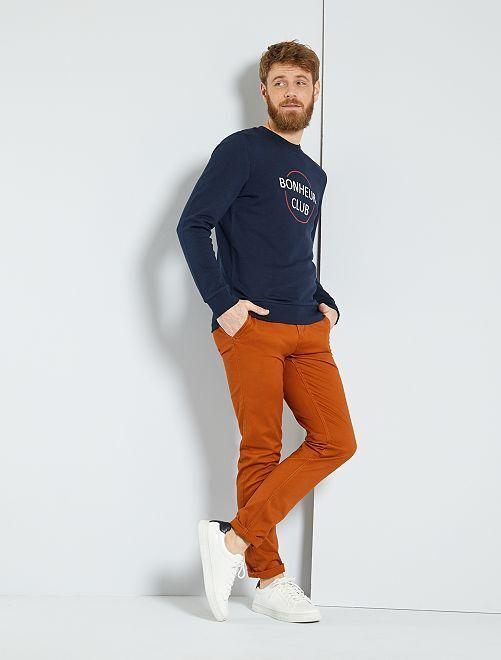 Pantalón chino de sarga de algodón elástica                                                                                                                                                                                                                                                                 NARANJA