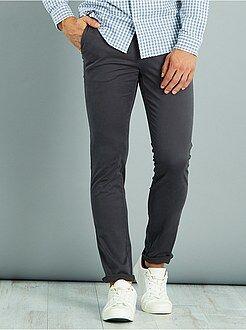 Hombre Pantalón chino de sarga de algodón elástica