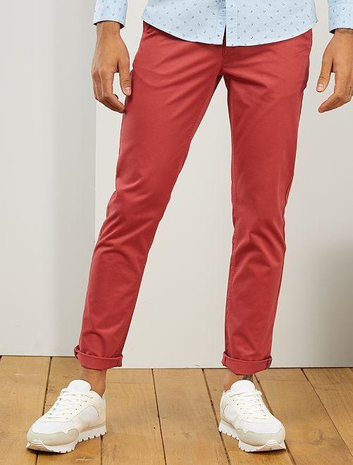 Pantalón chino de sarga de algodón elástica                                                                                                                                                                                                                                                                                                                 rojo granate