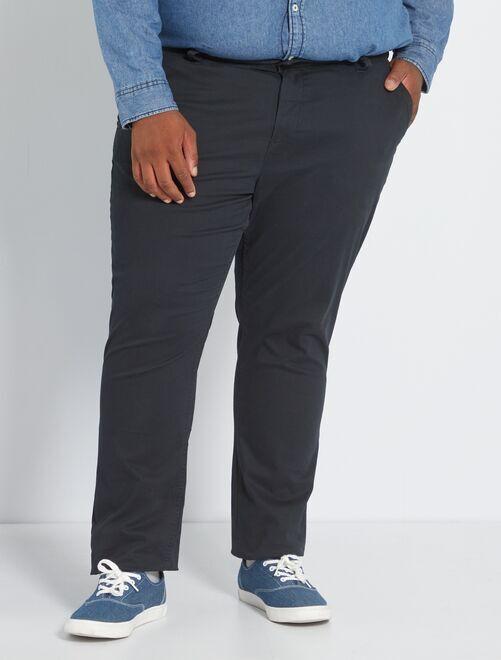 Pantalón chino de sarga elástico fitted                                                                                                     negro