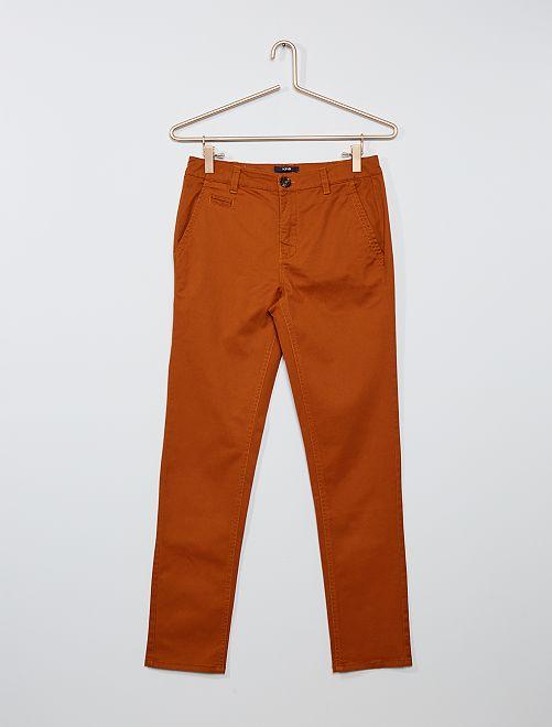 Pantalón chino de sarga                                                     NARANJA