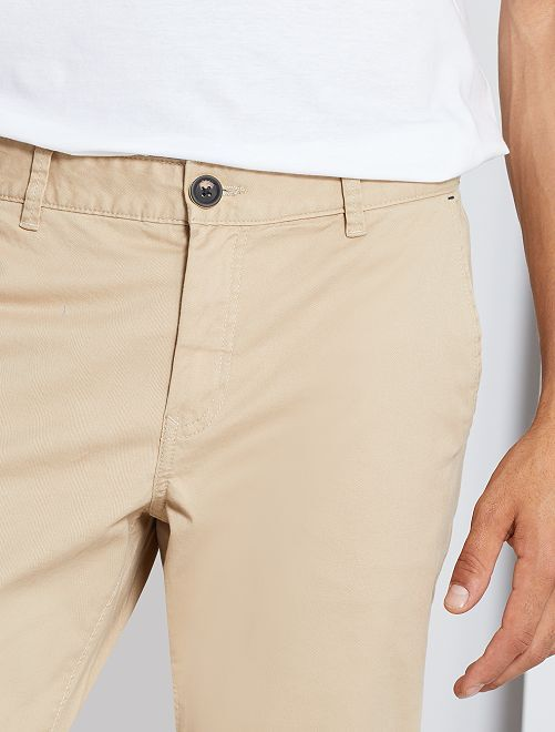 Pantalón chino elástico                                                                                                                 BEIGE