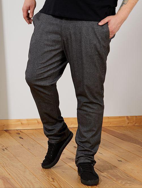 Pantalón chino entallado con espigas                             gris