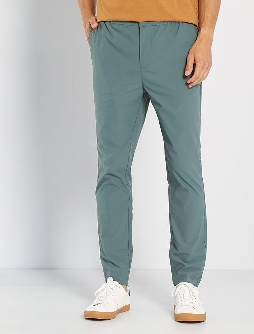 Pantalón chino estilo jogging                                         VERDE