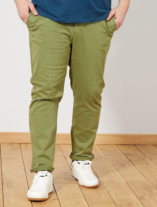 Pantalón chino fitted de sarga                             VERDE Tallas grandes hombre