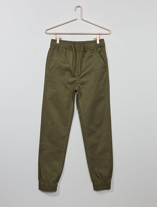 Pantalón chino jogger                                                     KAKI