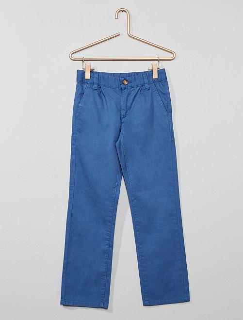 Pantalón chino liso                                                     azul oscuro Chico