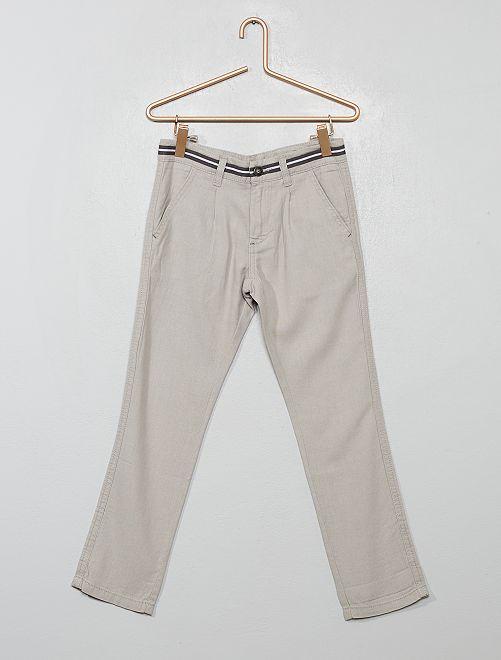 Pantalón chino recto                                         GRIS