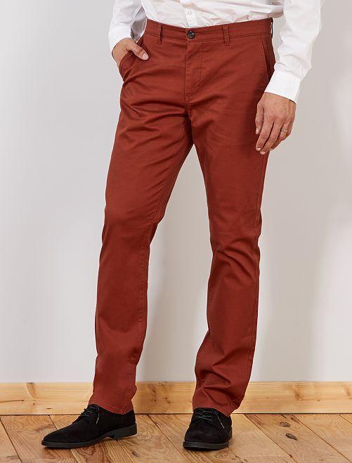 Pantalón chino recto L36 +1,90 m                                 MARRON