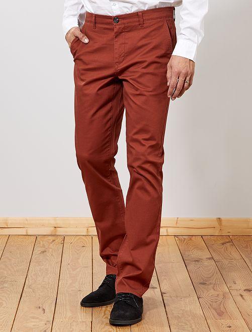 Pantalón chino recto L38 +1,90 m                                                                             MARRON