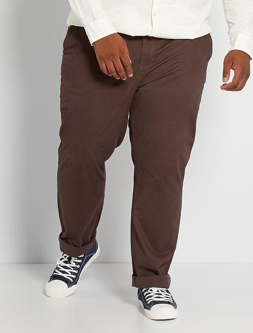 Pantalón chino regular L32                                                                                         marrón oscuro