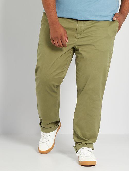 Pantalón chino regular L34                                                                                         verde liquen