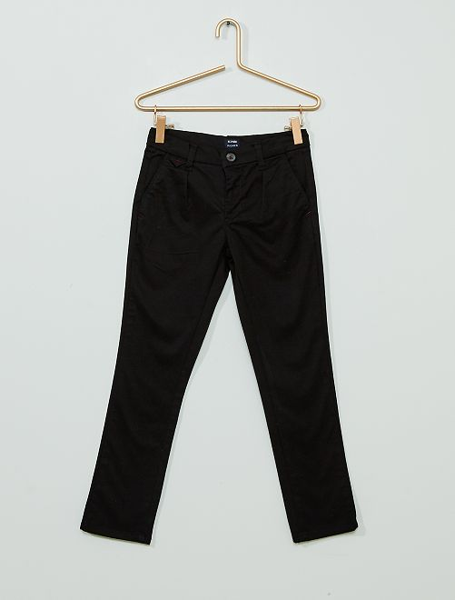 Pantalón chino regular                             negro