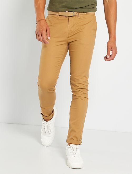 Pantalón chino skinny + cinturón                                                                 MARRON